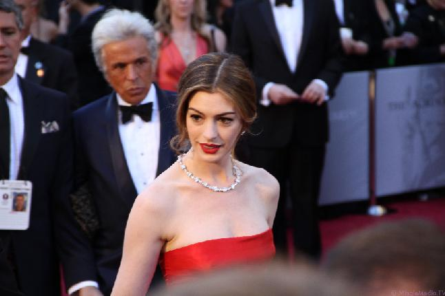 Anne Hathaway at the 2011 Academy Awards.  Hathaway won best supporting actress for her role as Fantine in Les Misérable