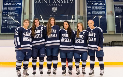 Women's ice hockey wins regular season finale; to host NEHC Open Tournament