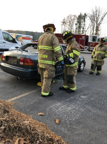 Goffstown fire department responds to emergency call.