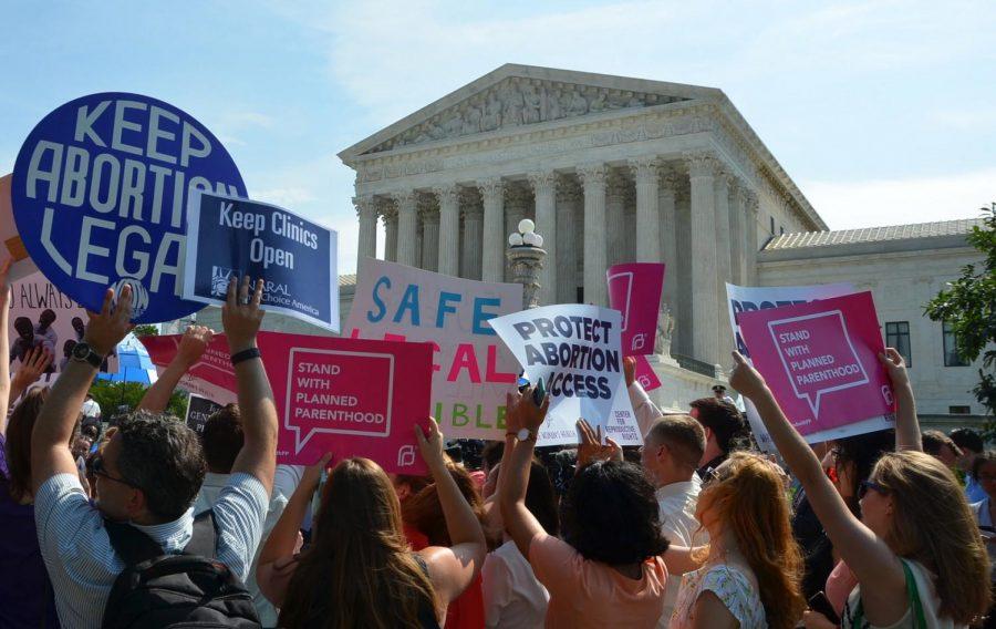 Pro-choice protestors outside the Supreme Court in Washington D.C.