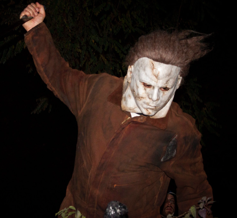 A+person+dressed+as+serial+killer+Michael+Myers+from+the+Halloween+series.