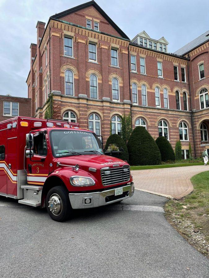 Emergency+vehicle+outside+of+Alumni+Hall